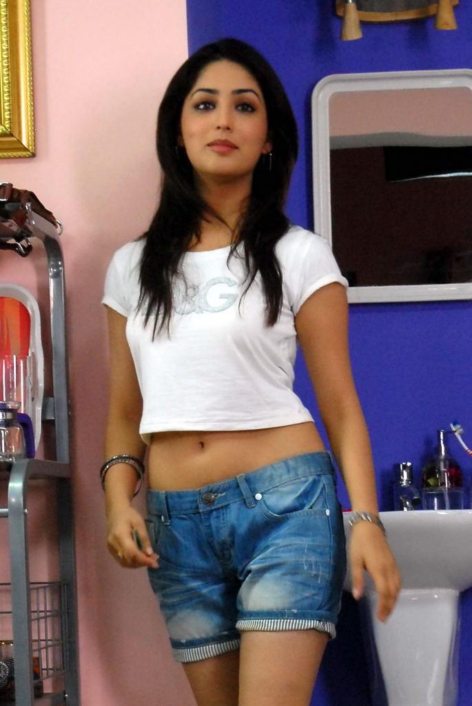 Gauravam Actress Yami Gautam Hot Photos