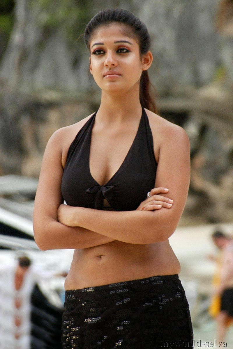 Hot Stills Of South Indian Actress Nayanthara  Visit Www -4287