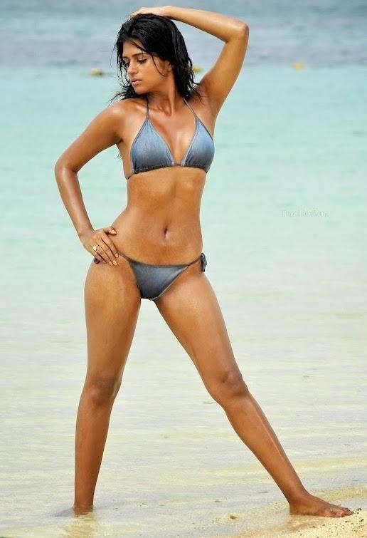 Bikini bollywood actress
