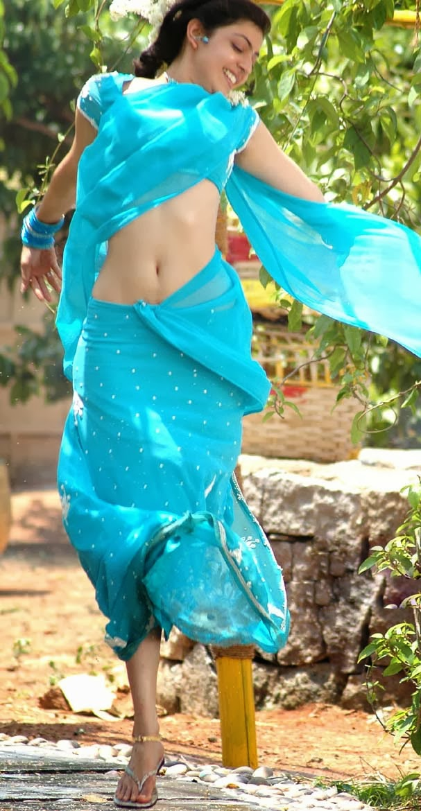 Kajal Agarwal Hot Unseen Navel Show In Blue Saree