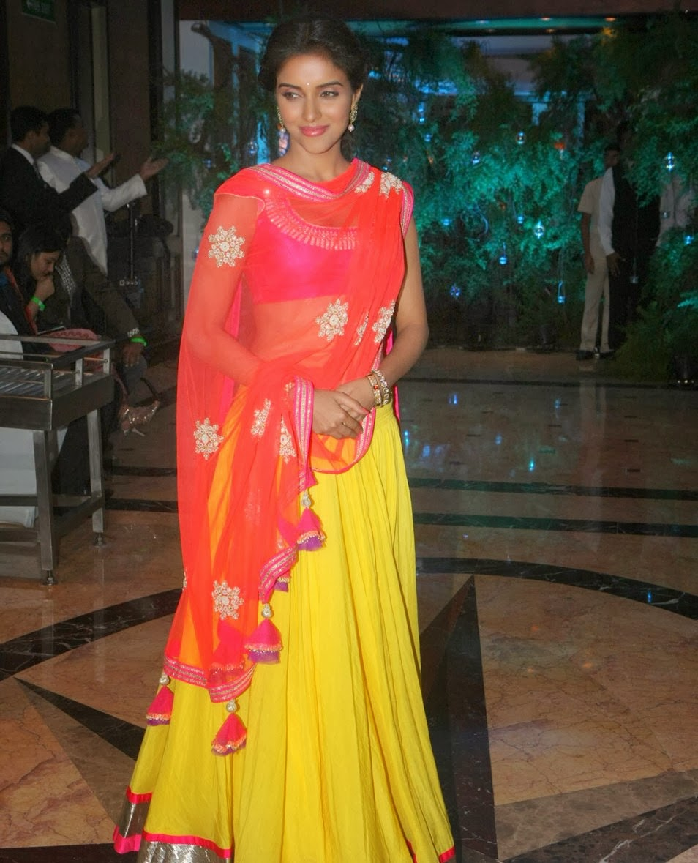 Unseen Pics Asin Hot Navel Show In Half Saree  Visit Www -2704
